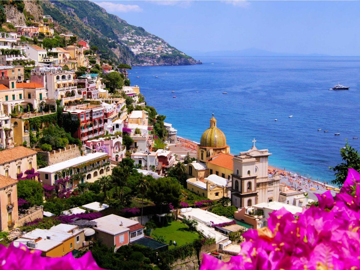 Costa amalfitana tra Positano e Salerno