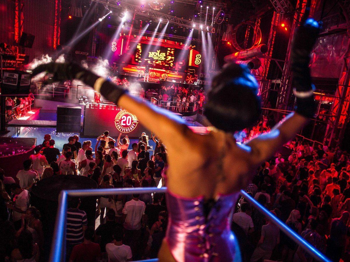 Festa nell'isola spagnola di Ibiza