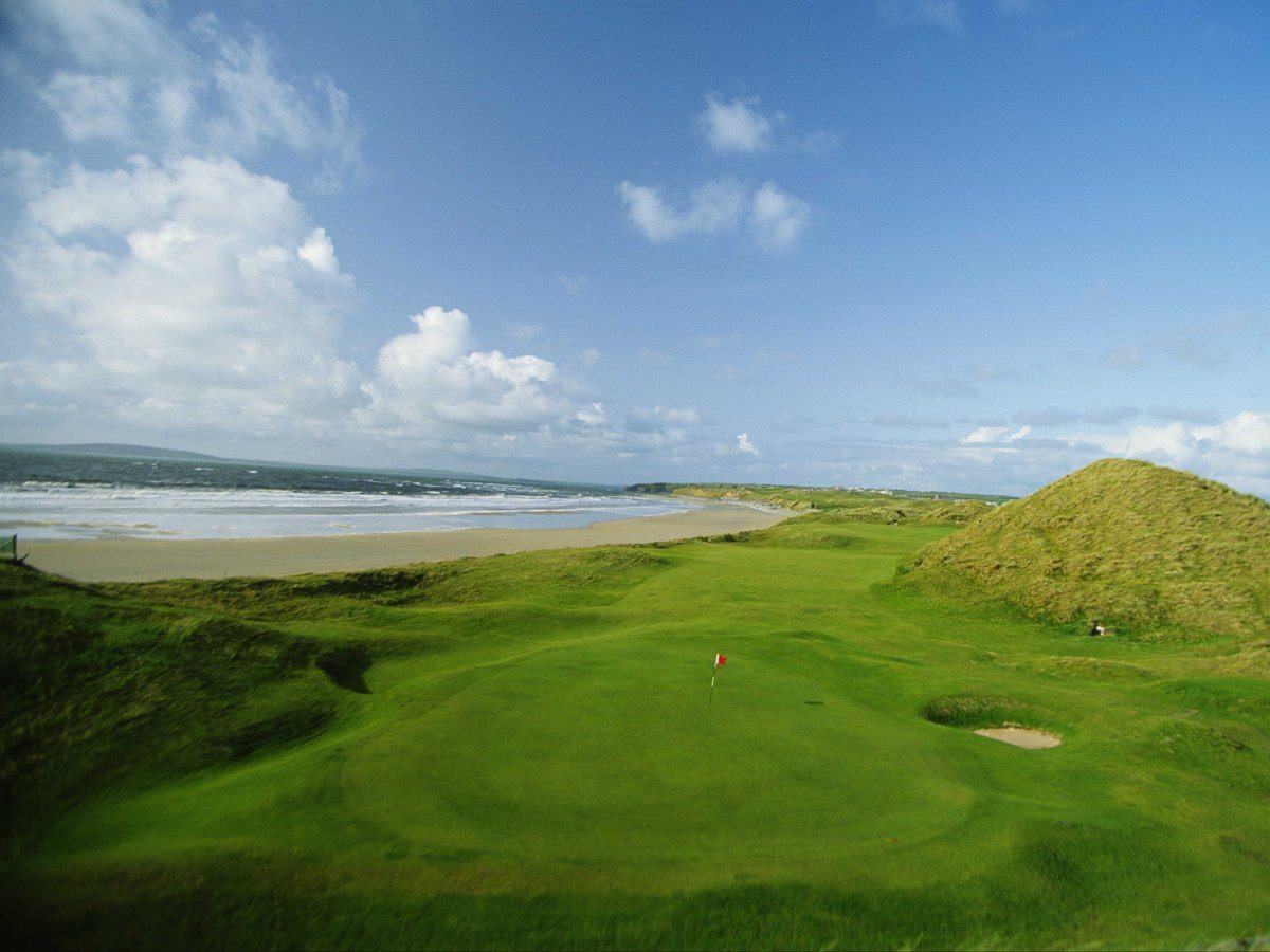 Giocare a golf a ballybunion in Irlanda