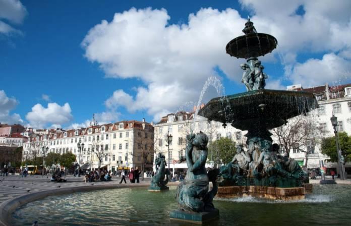 Piazza del Rossio Lisbona Cosa Vedere