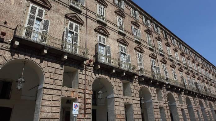 Palazzo della prefettura da vedere a Torino