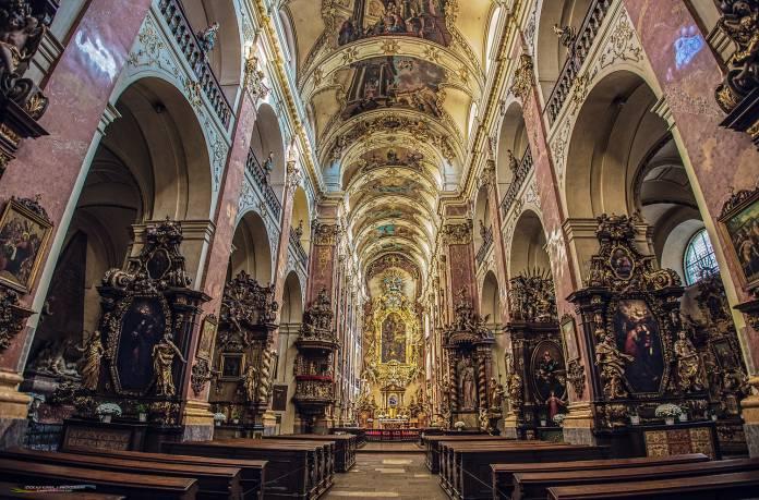 Chiesa-san-Giacomo cosa vedere a praga