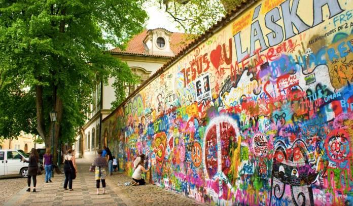 Muro-di-lennon Praga Cosa vedere