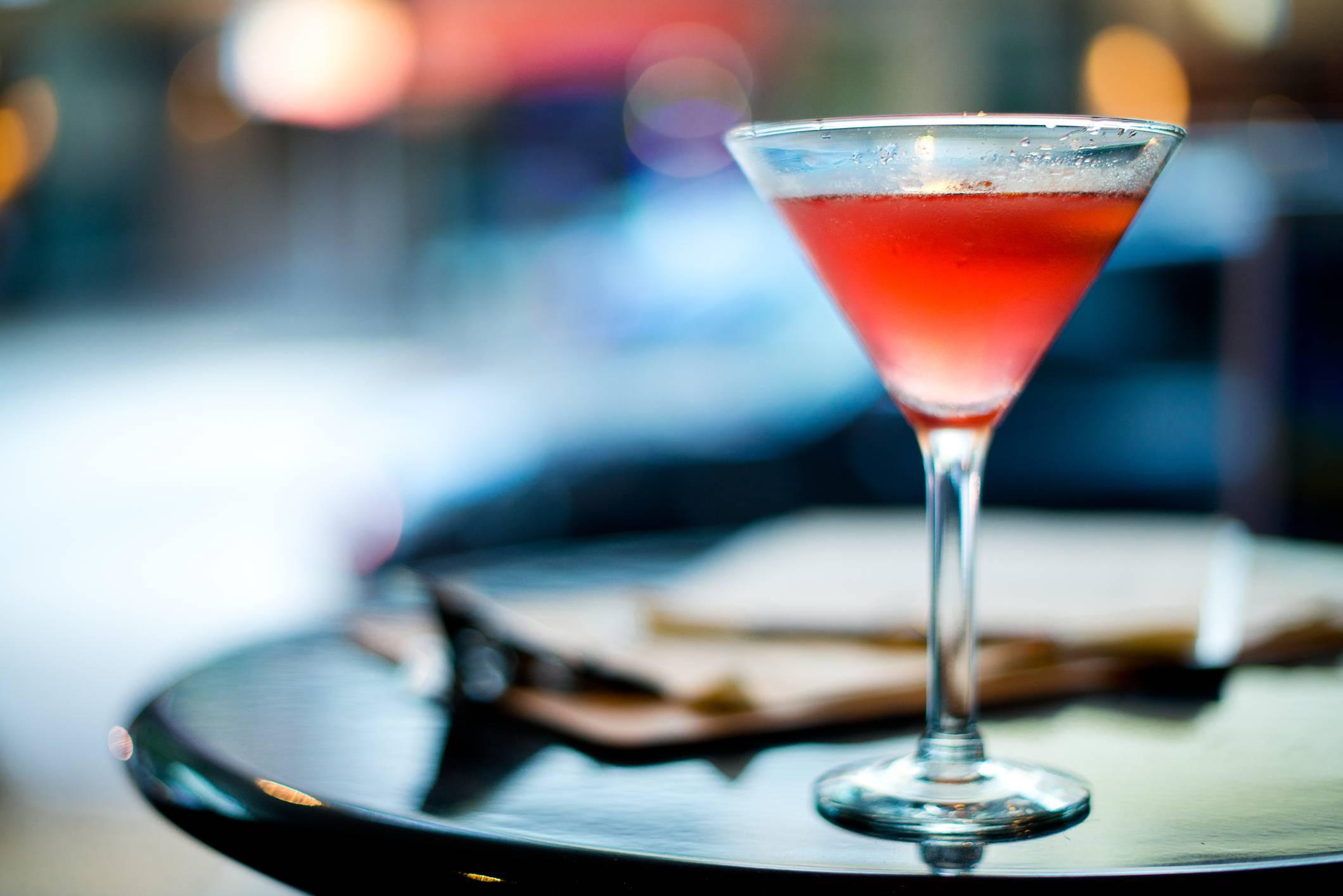 Cosa Organizzare In Un Bar aprire un bar: ecco quanto costa e come avviare un'attività