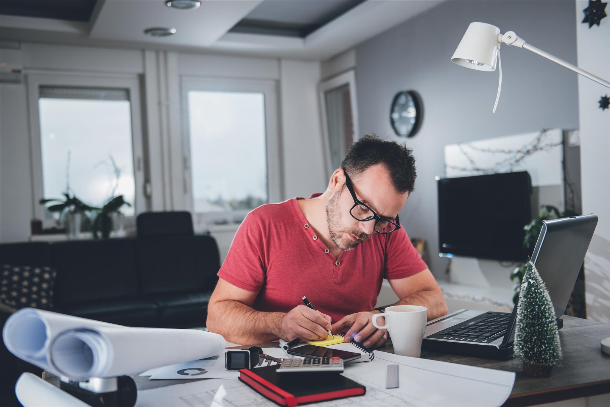 Lavori da casa sicuri 9 idee per guadagnare in tutta for Lavori creativi da casa