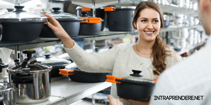 Franchising di casalinghi, negozio prodotti per la casa